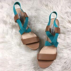 Steven Madden Terorr wedge sandals size 9.5